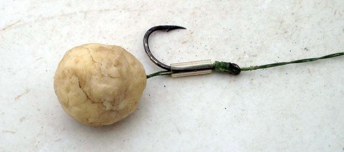 Ловля дикого сазана на хлеб и картошку